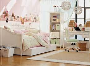 pictures of girls bedrooms teen girls bedroom with cute furniture