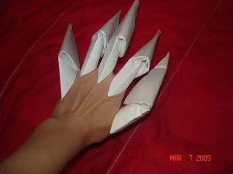 Make Paper Claws - how to make origami claws simple craft ideas