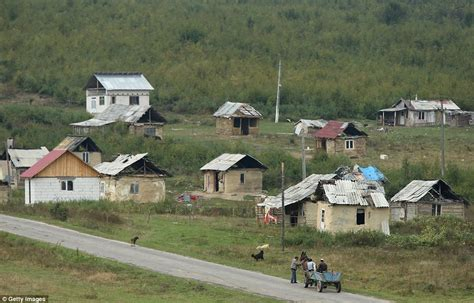 is there any village in america are they like indian at home with the roma remote villages where people