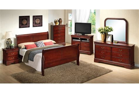 cherry bedroom sets bedroom sets dawson cherry queen size bedroom set