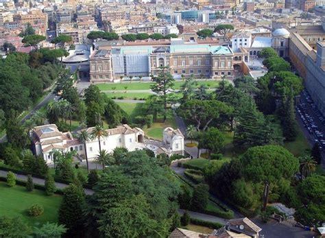 parchi e giardini roma 5 parchi e giardini in cui passeggiare a roma viaggio vero