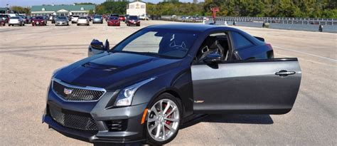 cadillac on 22s 100 cadillac cts on 22s photo gallery dubs used