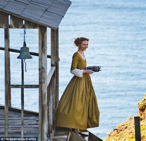 the from the sea poldark eleanor tomlinson as demelza the who marries poldark
