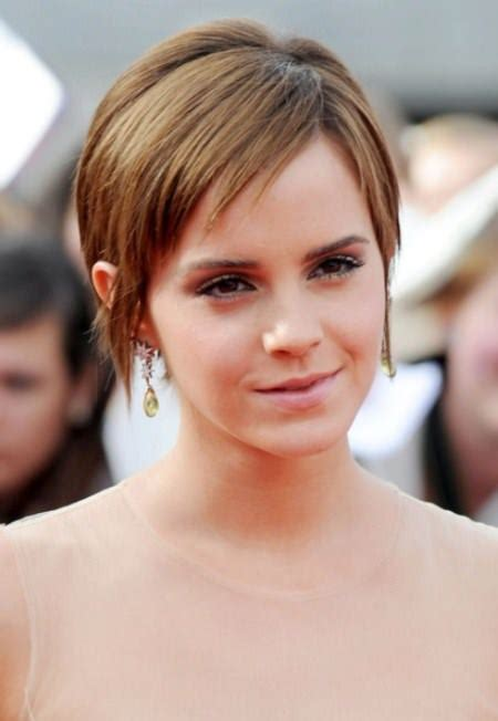very short side parted hairstyle pictures 20 stunning short hairstyles for women