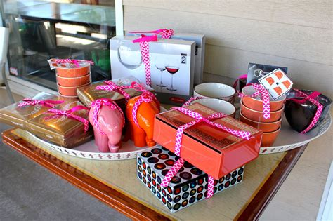 Baby Shower Prize by Baby Shower Prizes Your Guests Will Actually