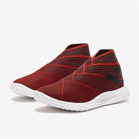 adidas nemeziz  tr core blackactive red sneakers