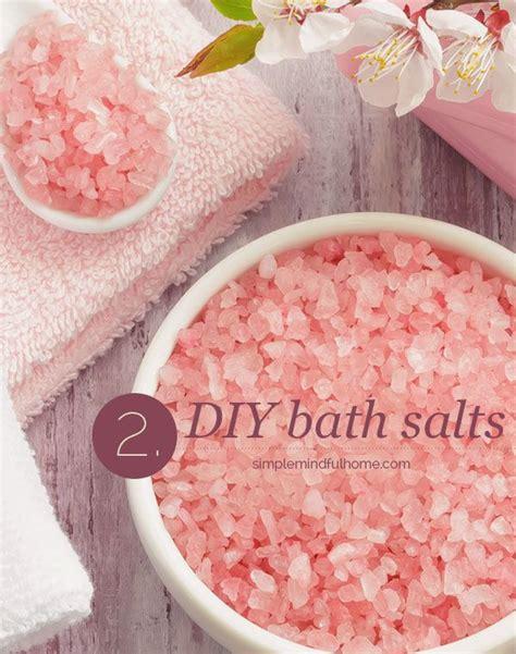 diy himalayan salt l diy bath salts with pink himalayan salt and essential