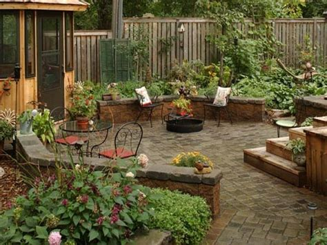 Garden Ideas For Small Gardens Home Accecories Patio Ideas For Small Gardens Houzz Backyards Module 8 Chsbahrain