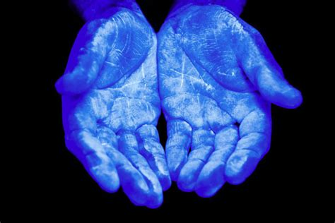 uv light to kill germs few reasons to think about before sanitizers 1