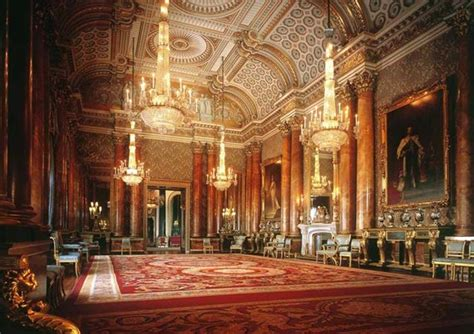royal   buckingham palace windsor castle golden