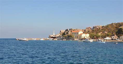sailing leros greece sailing holidays in agia marina harbor enjoy sailing