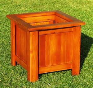 meuble en cedre variation cour et jardin les meubles en c 232 dre