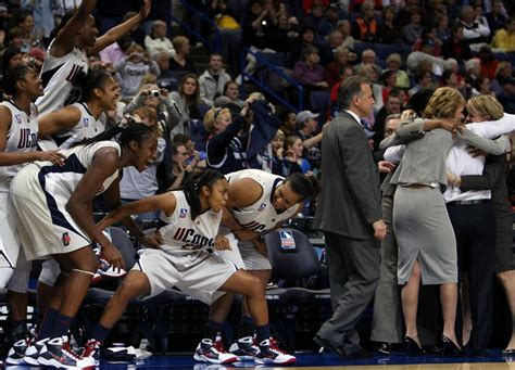 basketball bench cheers connecticut women cruise to sixth ncaa title