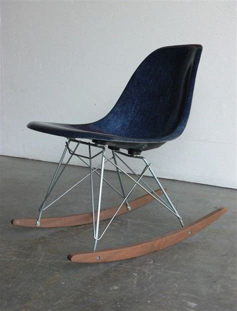 How To Describe A Chair by Best 25 Eames Rocking Chair Ideas On White