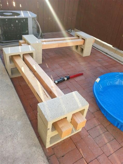 cinder block and wood bench best 25 cinder block bench ideas on pinterest