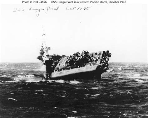 us navy escort carriers 1472818105 escort carrier uss lunga point cve 94 pitching heavily in a western pacific storm october