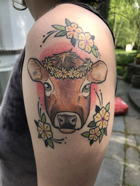 cow tattoo best 25 cow ideas on cow icon