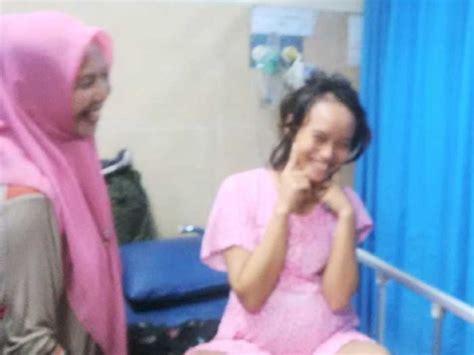 Dokter Kandungan Wanita Di Medan Goriau Didingi Satpol Pp Mandau Dan Warga Usai