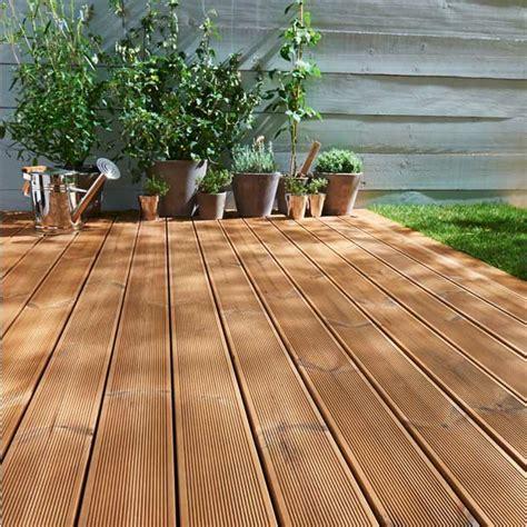 Kunstholz Terrasse by Holzfliesen F 252 R Balkon Warum Der Holzboden Total Im