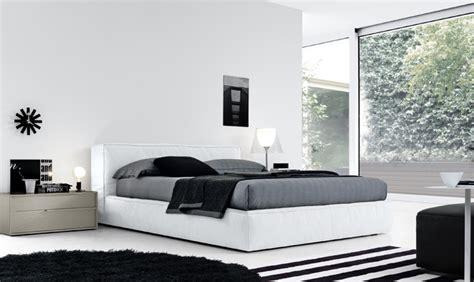 piumoni matrimoniali moderni letto contenitore letti con contenitore salvaspazio per