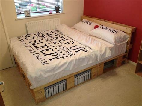 diy pallet bed frame beautiful diy pallet bed 99 pallets