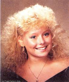young kelly ripa pics kelly ripa dons frizzy wig and a recreation of her own