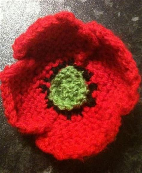 knitting pattern poppy free best 25 knitted poppies ideas on knitted