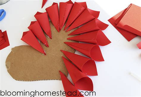 paper cone craft diy paper wreath blooming homestead