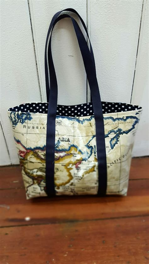 pattern for oilcloth tote bag 39 best images about oil cloth makes on pinterest bags