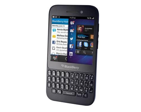 blackberry q5 mobile blackberry q5 review 2 expert reviews