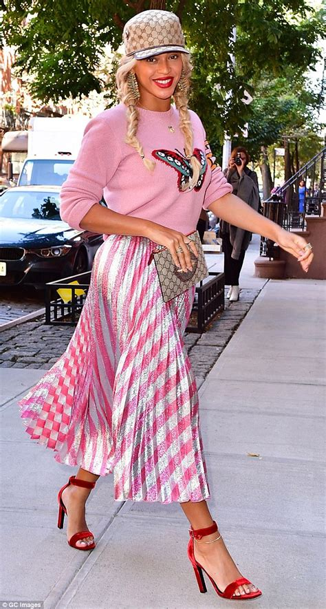 Get Macphersons Gucci Dress For 35 by From Beyonce S Graphic Sweater To Karlie Kloss S