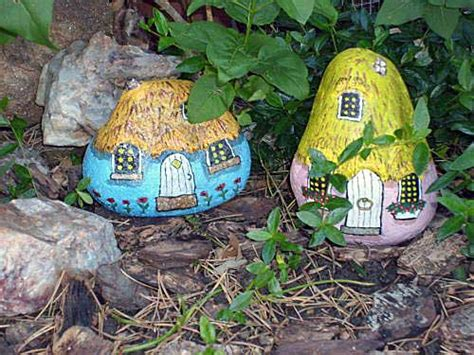 Painting Rocks For Garden Painting Rock Animals Nativity Sets More Painted Rock Critters Animals And More