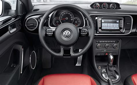 2012 vw new beetle interior 3 photo 6