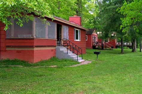 Greenbrier River Cabins by Iris Cabin