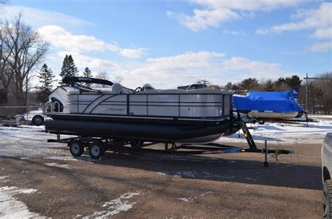starcraft pontoon boat trader 2017 starcraft sls3 23 foot 2017 pontoon deck boat in