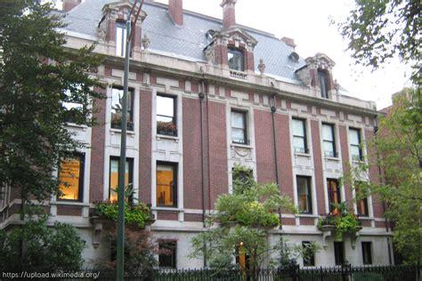 guaranteed playboy mansion address contact hugh hefner top 20 chicago celebrity houses chicago interior design