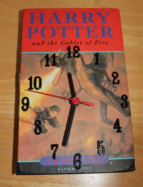 turn your into books turn your favourite book into a clock greener kirkcaldy