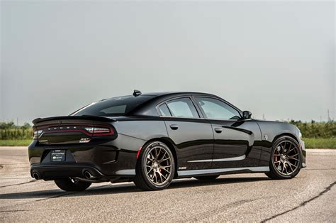 charger hellcat hennessey s 852 hp dodge charger hellcat attacks dyno