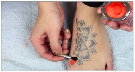 tattoo cover up drugstore she shows you how to use make up to expertly cover a tattoo