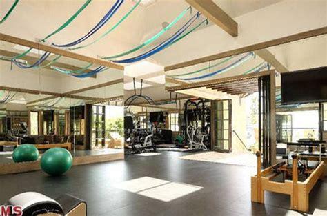 dr dre buys tom brady gisele bndchen mansion for 40m inside the just finished brentwood megamansion that tom