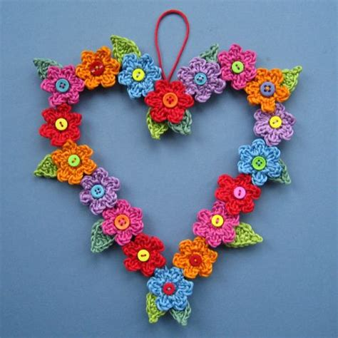 pattern for heart wreath it s springtime 22 flower crochet patterns