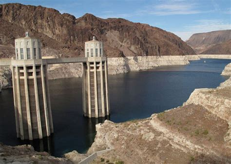 lake mead bathtub ring las vegas is not even close to running out of water