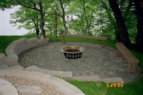 Simple Backyard Patio Simple Paver Patio Home Design Roosa