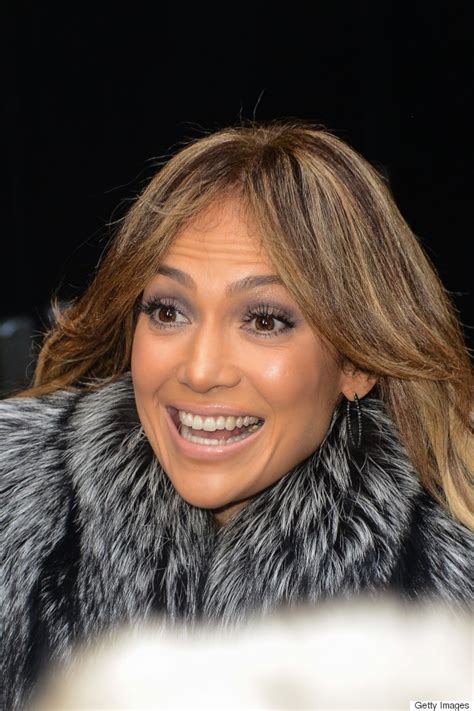 what lipstick and gloss does jennifer lopez wear jennifer lopez s eye makeup fails put her on this week s
