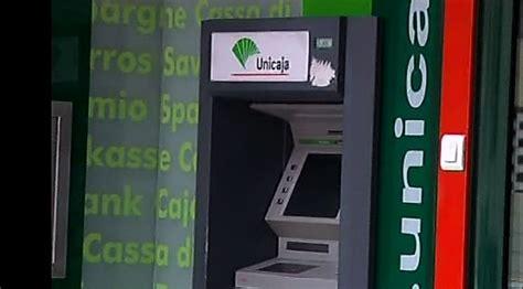 oficinas unicaja la entidad bancaria unicaja sigue cerrando sucursales en