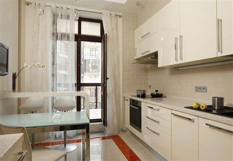 Кухни фото с балконом дизайн