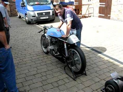 Suzuki 6 Zylinder Motorrad by Home Made 6 Cylinder Motorbike Using A Suzuki 250 Engine