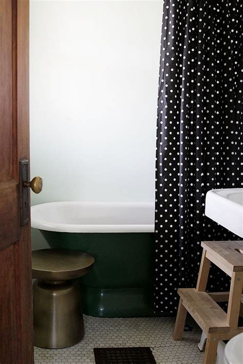 Polka Dot Bathroom Accessories Best 25 Polka Dot Bathroom Ideas On Polka Dot Walls Polka Dot Wallpaper And Polka