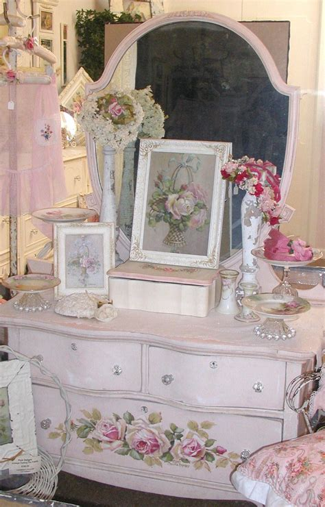 1041 best vintage shabby chic furniture and home decor