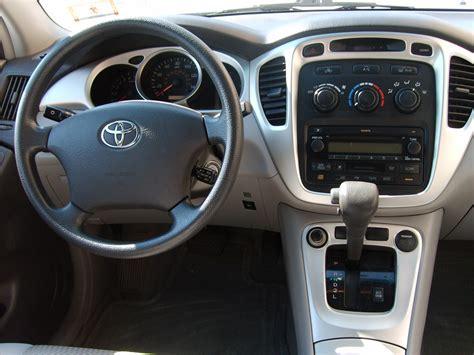 2004 Toyota Highlander Interior 2004 toyota highlander interior pictures cargurus